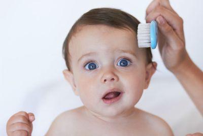 Как правильно ухаживать за детскими волосами?