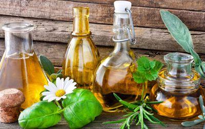Массажные масла: виды, эффект и описание